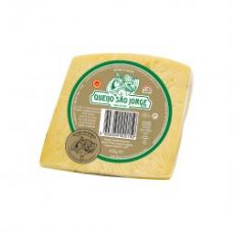 Azorský kravský sýr S. Jorge DOP